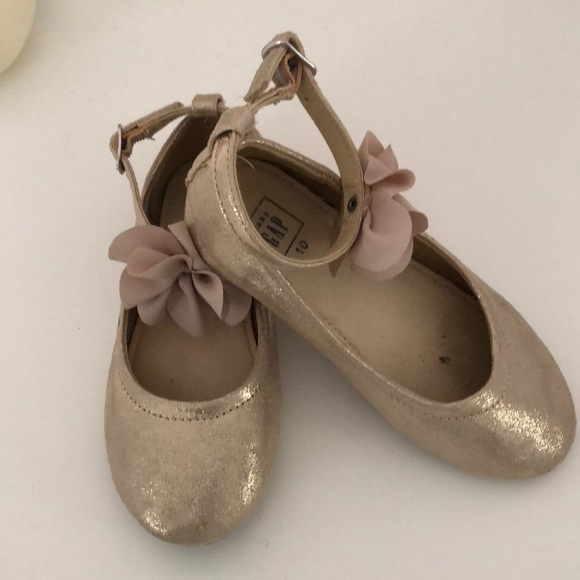GAP Other - Baby Gap gold ballet flats